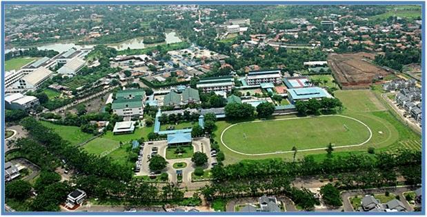 5 SMA Termahal di Indonesia - SMA Ciputra - Dedy Akas Website