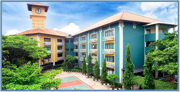 5 SMA Termahal di Indonesia - SMA Pelita Harapan - Dedy Akas Website