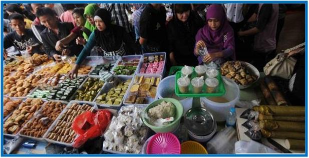 Penjual Takjil Raup Rezeki dan Keuntungan Berlipat - Dedy Akas Website