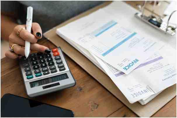 Raih Ragam Manfaat Aplikasi Payroll Online (Foto-Pexels)