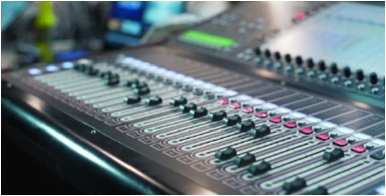 5 Aksesoris Sound System Analog Berikut Gambarnya - Mixer