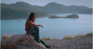 Lirik Lagu Berbeza Kasta Penyanyi Thomas Arya Berikut Videonya